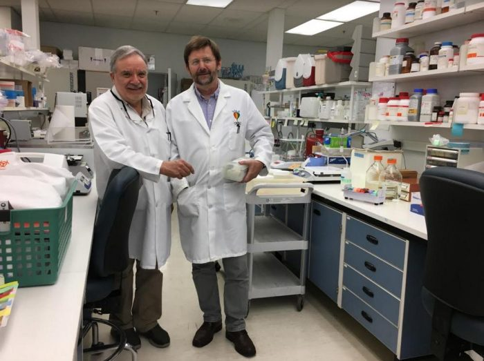 Prof. Donald Brown colabora junto a Cooley Center for Cell and Molecular Biology del Oregon National Primate Research Center (ONPRC)